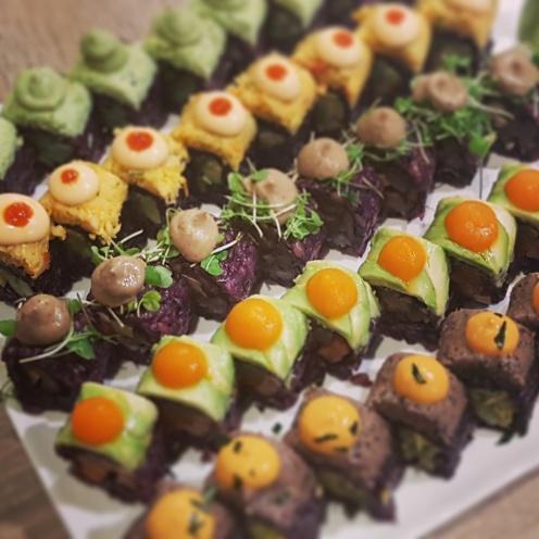 Vegan sushi bij Beyond Sushi in New York